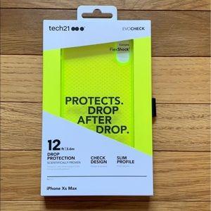 Tech21 Evo Check Neon Yellow IPhone XS Max case